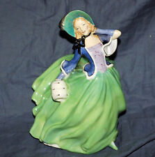 Royal Doulton Lady Figurine #1913 Autumn Breezes