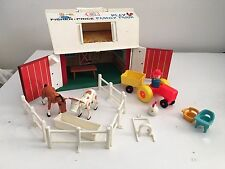 Fisher Price Play Family Little People Farm Barn 915 Vintage