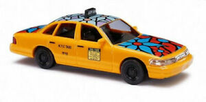 """Busch 49031 NYC Taxi Crown Victoria. HO 1:87 Scale """"Blue Flower"""""""