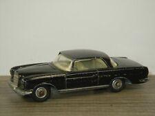 Mercedes 220SE Coupe - Corgi Toys 230 England *45768