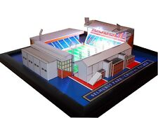 SELHURST PARK - CRYSTAL PALACE MODEL STADIUM WITH WORKING FLOODLIGHTS