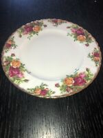 """VINTAGE 1962 ROYAL ALBERT ENGLAND OLD COUNTRY ROSES BONE CHINA DINNER PLATE 8"""""""