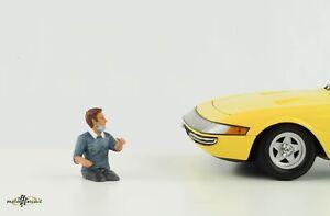 Figurine Driver Man With Mask Dangerous Goods 1:18 American Diorama III