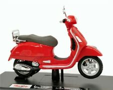 MAISTO 1:18 Vespa GTS 300 2017 MOTORCYCLE BIKE DIECAST MODEL TOY NEW IN BOX RED