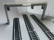 More details for model railway 3 track aspect light signal gantry with catenaries 1.76 oo gauge