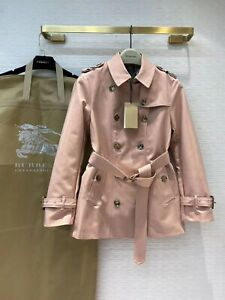 Burberry women's pink short autumn spring trench, size UK6/US4