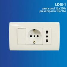 Placca 3 Posti Completa Presa Bipasso Shuko Interruttore Incasso 504 linq