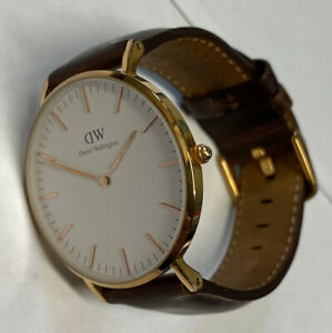 Men's Daniel Wellington Rose Gold Watch B36R14 Brown Leather Band New Battery