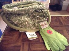 Gardening tool bag with gloves