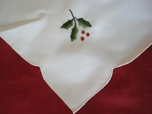 "SIX CHRISTMAS NAPKINS,   17""  x  17"" SQ. WITH HOLLY.    A LOVELY CHRISTMAS GIFT."