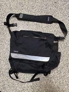Patagonia - Messenger Bag - Black