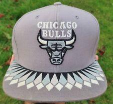 CHICAGO BULLS Gray Mitchell & Ness SNAPBACK HAT, Cap - Diamond Variant NEW