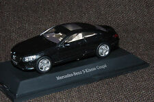 Kyosho Mercedes-Benz S-Klasse Coupé C217 in magnetitschwarz metallic M1:43 PC