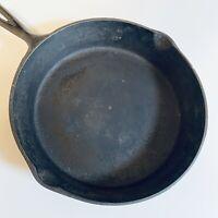 Vintage 8 SK, Cast Iron Skillet Frying Pan w/ Heat Ring H1