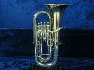 Yamaha YEP-321 4 Valve Euphonium Ser#016305 with Mouthpiece and Plays Great!