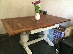 Extending dining kitchen table and 4 chairs country shabby chic walnut 150x90cm
