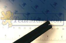 Coulisse de vitre AR (partie arrière) Peugeot 404 utiltaire sauf U8 et U10