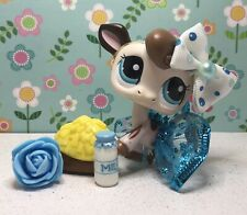 Authentic Littlest Pet Shop # 2217 White Chocolate Brown Spotted Cow Blue Eyes