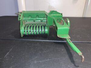 Vintage 1950's ESKA John Deere Hay Baler 1/16 Scale Original Green Good Cond