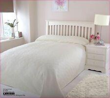 Microfiber Solid Pattern Decorative Bedspreads