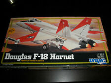1/72 F-18 HORNET US Marines Jet Fighter by MPC