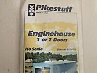 HO scale Pikestuff  Engine House 1 or 2 doors Building kit