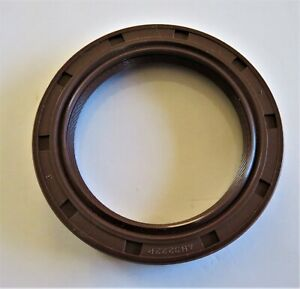 AXLE DRIVE SHAFT SEAL SUIT MITSUBISHI FD / FG 10 TO 18N, ND,NT & ZN MODELS