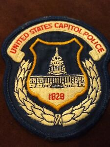 OBSOLETE UNITED STATES CAPITAL POLICE  PATCH UNIFORM TAKEOFF