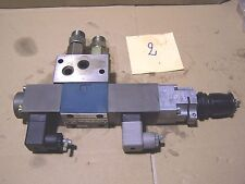 2) Valve hydraulic Distributeur hydraulique BOSCH 0 811 404 102 Proportionnel