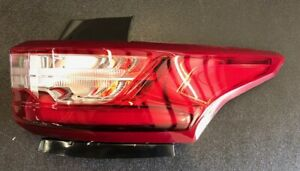 2018 2019 2020 2021 Chevy Traverse Right Passenger Side Tail Light