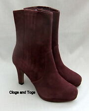 NEW CLARKS KENDRA AVIVA WOMENS OX BLOOD SUEDE PLATFORM BOOTS SIZE 6.5 / 40