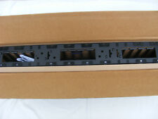 NEW APC AR7580A VERTICAL CABLE MANAGER FOR NETSHELTER SX 750MM WIDE 4TU