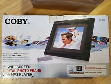 COBY 7-Inch Widescreen Digital Photo Frame DP768