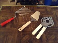 Lot of 3 kitchen gadgets