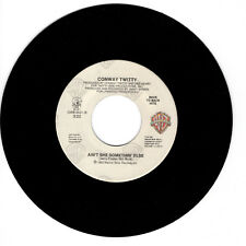 CONWAY TWITTY Ain't She Somethin' Else VG+(+) 45 RPM REISSUE