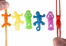 Vinyl Stretchy Mini Flying Frogs And Lizards 24 Piece Party Favor