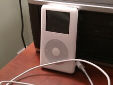 AppIe ipod Classic, 30 Gb,Fit 5k songs on it, Lots space, Used, minor scratches
