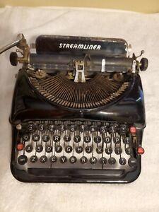 Vintage Remington Rand Streamliner Typewriter