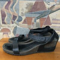 Women's Teva Cabrillo Strappy Sandals Shoes Size 7 Black Leather Casual