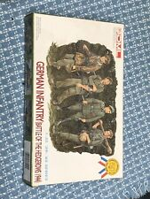 Dragon 6025 1/35   German Infantry, Battle of the Hedgerows 1944