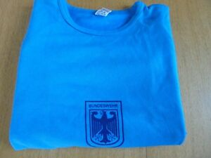 GERMAN ARMY T-SHIRT BUNDESWEHR ORIGINAL TRAINING T-SHIRT FROM STORES. BLUE.
