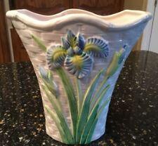 Beautiful Oci By Fitz And Floyd 7� White Lattice Vase With Blue Irises