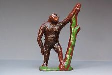 CRESCENT METAL ZOO SERIES ANIMALS - GORILLA with tree trunk - Fine Example...!!