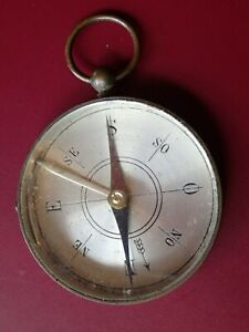 ALL ORIGINAL ca 1900 ANTIQUE WELL MADE BRASS COMPASS WORKING CONDITION EUROPEAN