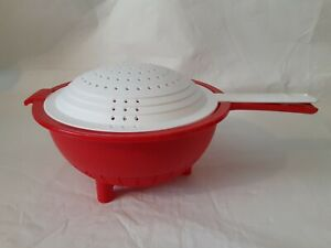 Tupperware colander