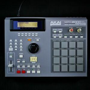 Gray vinyl skin for Akai MPC 2000XL