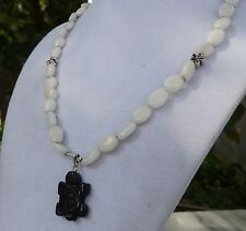 "16"" Handmade White Agate Necklace with Cute Carved Black Agate Turtle Pendant"