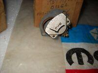 NOS MOPAR 1937 PLYMOUTH OIL GAUGE 665095