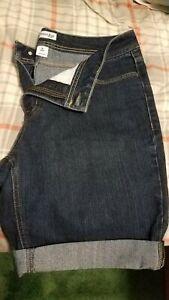 "NWOT Women's ""St. John's Bay"" Denim Jeans Size 14 blue"