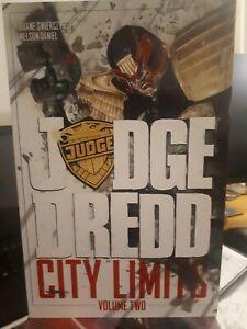 IDW Graphic Novel - Judge Dredd City Limits Vol 2
